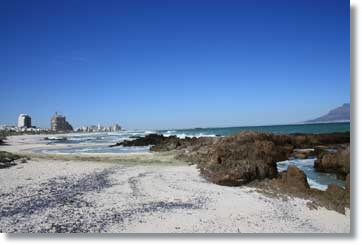 Cape Town Bloubergstrand Accommodation HolidayHomes Guest Houses South Africa