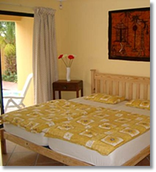 Cape Town Hotels Villas Bloubergstrand Apartments Guesthouses Holidayhomes